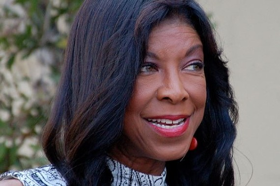 Natalie Cole at a 2013 ceremony for David Foster to receive a star on the Hollywood Walk of Fame.