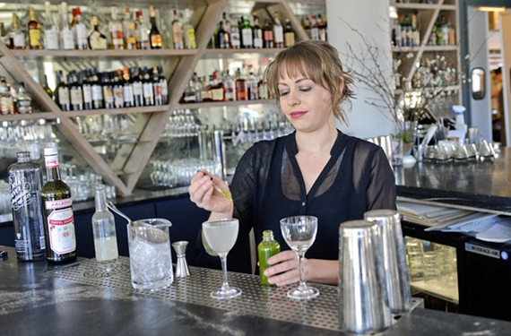 food07_bartender_challenge_shannon.jpg