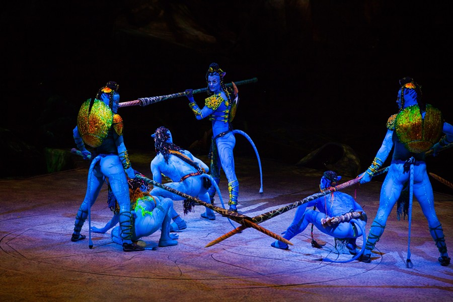 "James Cameron's ""Avatar"" franchise would like to add to its $2.7 billion dollar box office haul with a new Cirque du Soleil venture."