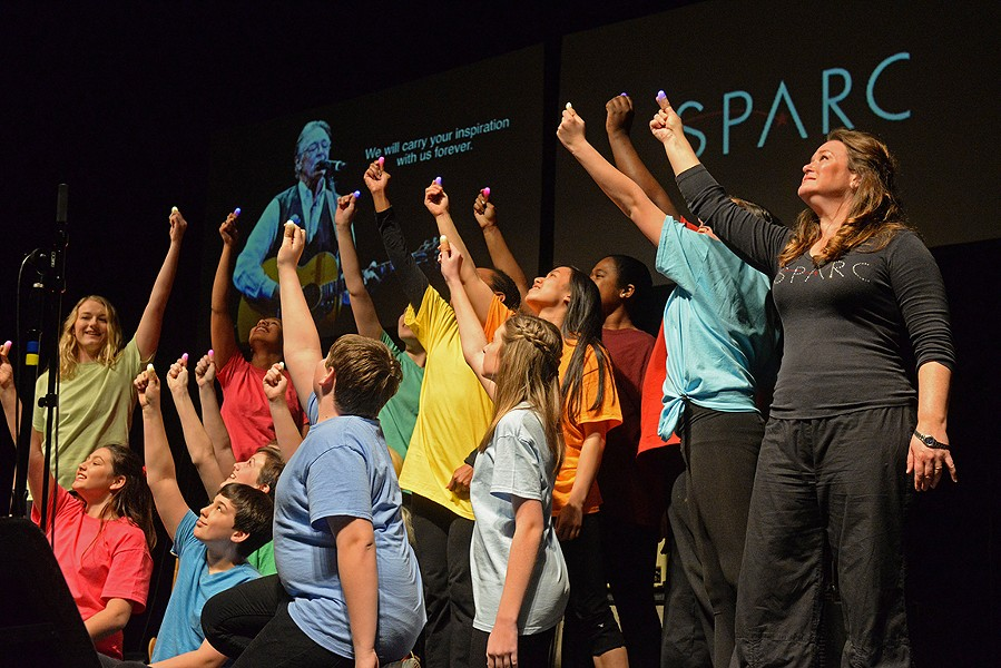 """Erin Thomas Foley and the kids from SPARC pay tribute to Robbin Thompson, saying """"he will always be an inspiration."""""""
