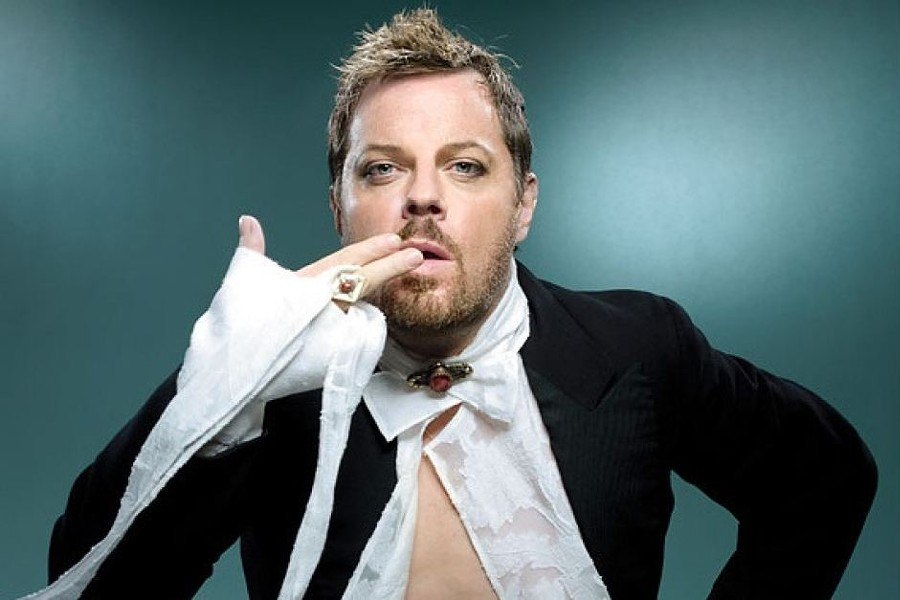 One of the most acclaimed comedians of his generation, Eddie Izzard's absurd and surreal comic narratives have earned him a New York Drama Desk Award and two Emmys for Dress to Kill, two British Comedy Awards for Top Stand-Up Comedian, and an Olivier Award nomination for Outstanding Achievement.
