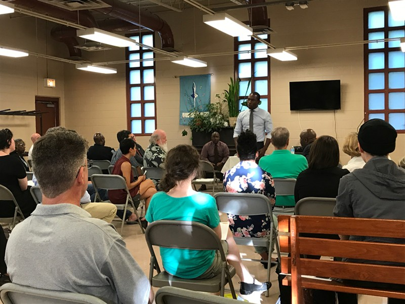 Mayor Levar Stoney holds the first of his community office hours at Humphrey Calder Community Center. - JACKIE KRUSZEWSKI