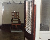 Death chamber and witness room, Virginia State Penitentiary, 1980s.