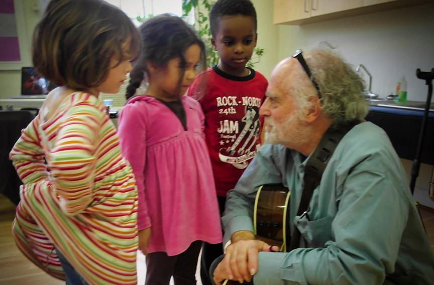 Founder Paul Reisler at the Peabody School in Charlottesville in 2010. For online workshops, visit KidPanAlley.org/online.