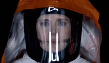 """Film Review: """"Arrival"""" Makes a Fool of Itself in Multiple Dimensions"""