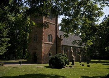 At Least 100 Unmarked Graves Discovered Around Virginia's Oldest Church