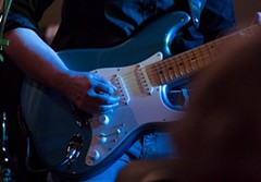c783e017_guitar.jpg