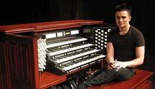 Vital Organist