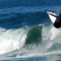 Local surfers object to O'Neill Cold Water Classic