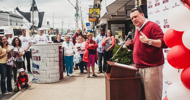 New spiffy Quinpool storefronts include Sicilian Pizza, Rich Forest Cafe and Thai Ivory Cuisine. Mayor Mike Savage, top, swung a brush on the weekend. - CURTIS ROTHNEY