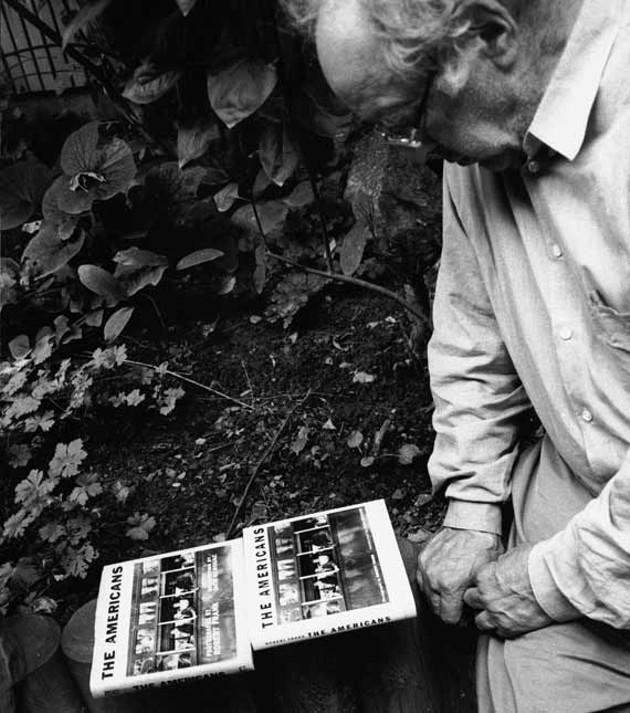 Robert Frank appreciates a good book.