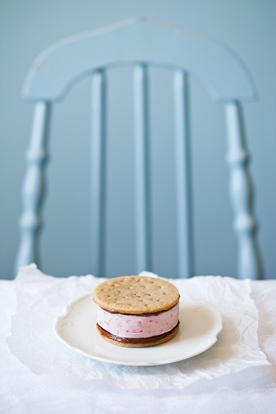 The most beautiful ice cream sandwich I've ever seen - PHOTO BY KELLY NEIL