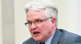 Tim Outhit