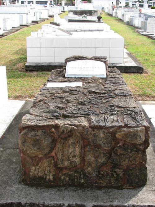 cemetery_008.jpg