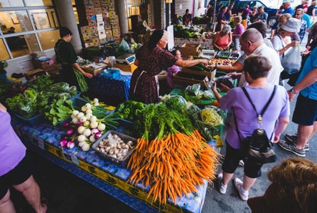 A busy Saturday morning at the Alderney Farmers' Market - SAM KEAN