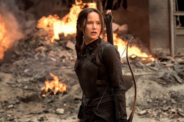 katniss_mocking-jay_after-explosion.jpg