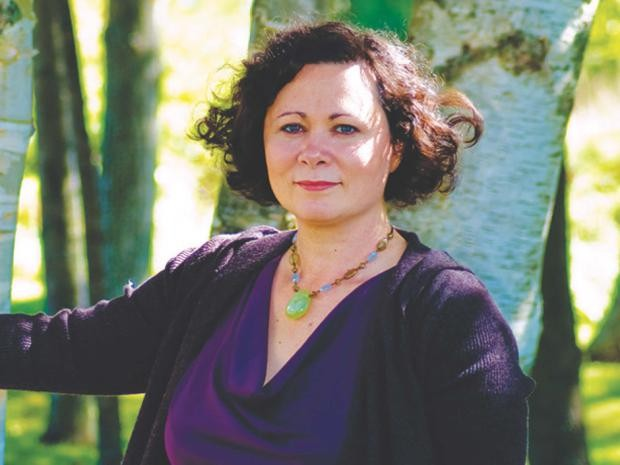 Author Ami McKay - KNOPF CANADA