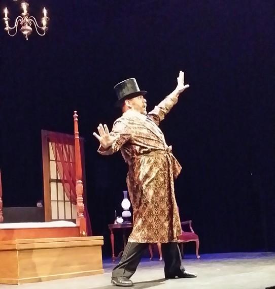 Ian Gilmore performs in I Do! I Do! - RENA KOSSATZ
