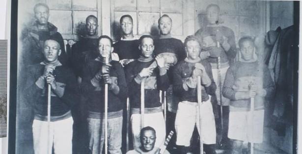 <i>Ice Breakers</i> shatters your idea of hockey history