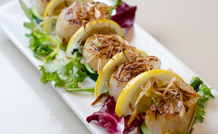 sushi_nami.jpg