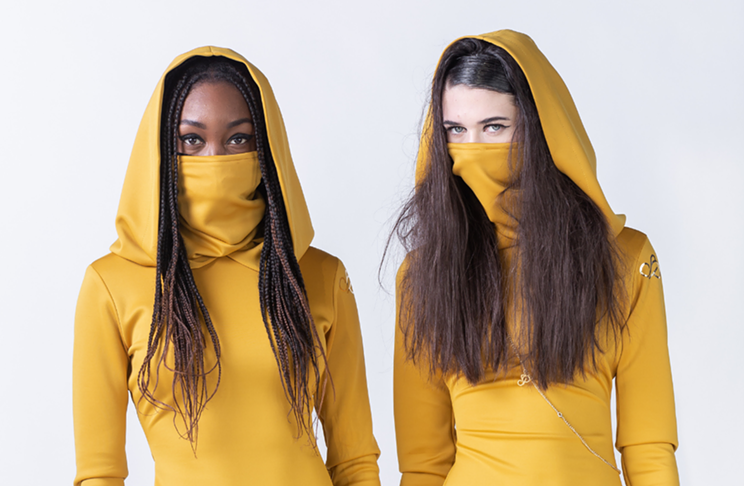 """Models from the upcoming """"This Is Us"""" show, slaying in all-yellow outfits."""
