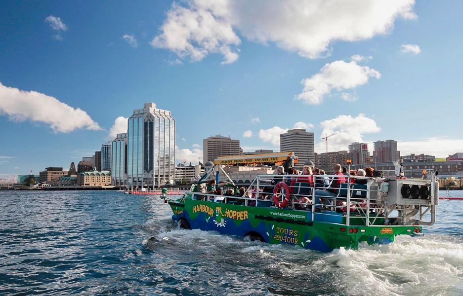 Haligonians need to fill tourist' seats on the popular amphibious tour this summer - AMBASSATOURS
