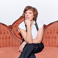 Carolyn Taylor, currently of Baroness von Sketch Show and previously of This Hour Has 22 Minutes, will try (and maybe fail) on her own terms this week.