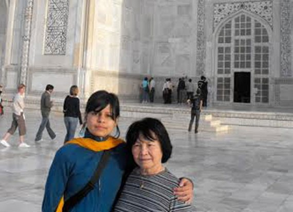 EverySeeker Rajee Paña Jejishergill and her mom - AMARJIT SINGH JEJISHERGILL