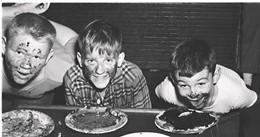 pie-eating-contest-2.jpg