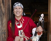 PUSPA LOHMEYER PHOTOGRAPHY - Celtic Indian Arvel Bird in Concert