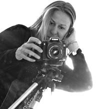 me_with_camera_jpg-magnum.jpg