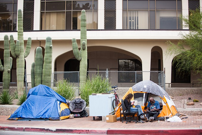 homelesspods.2.jdf.031215.jpg