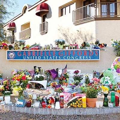 Tucson's Tragedy: Photo Essay