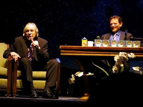 Robert Klein and Rabbi Sam Cohon