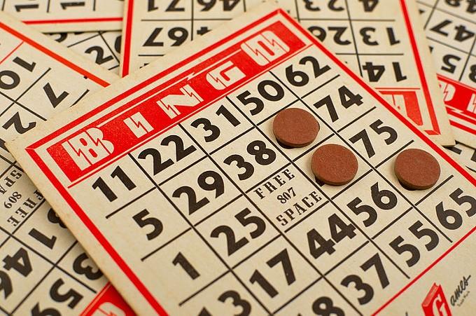 classic_bingo_game_6679739315_2_.jpg