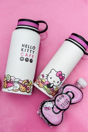 Visit the Hello Kitty Food Truck on Saturday, Oct. 20 from 10 a.m. to 8 p.m. - HELLO KITTY CAFE FOOD TRUCK