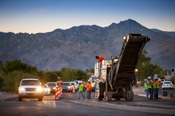 190709-sabino-canyon-road-paving-07_crop.jpg