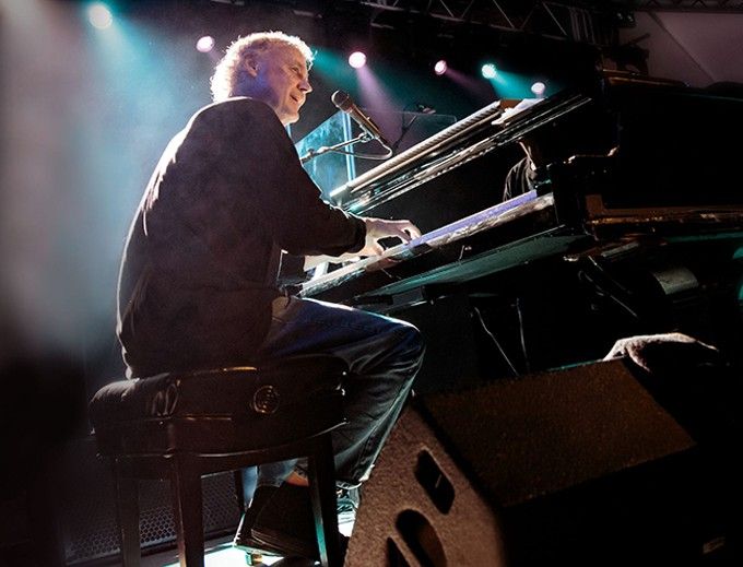 "Bruce Hornsby: ""Locals can expect a loose, spontaneous concert that involves an attempt at deep musicianship, with a few laughs thrown in for emotional balance."""