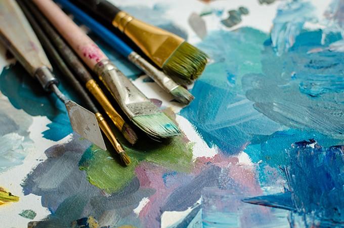 bigstock-artist-paint-brushes-on-wooden-253579855.jpg