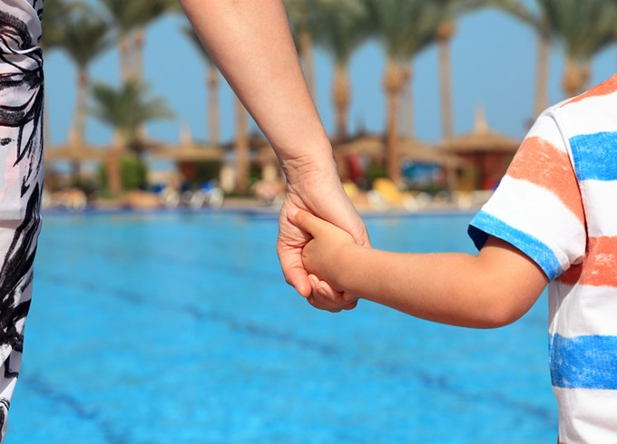 bigstock-mother-and-child-holding-hands-61080299.jpg