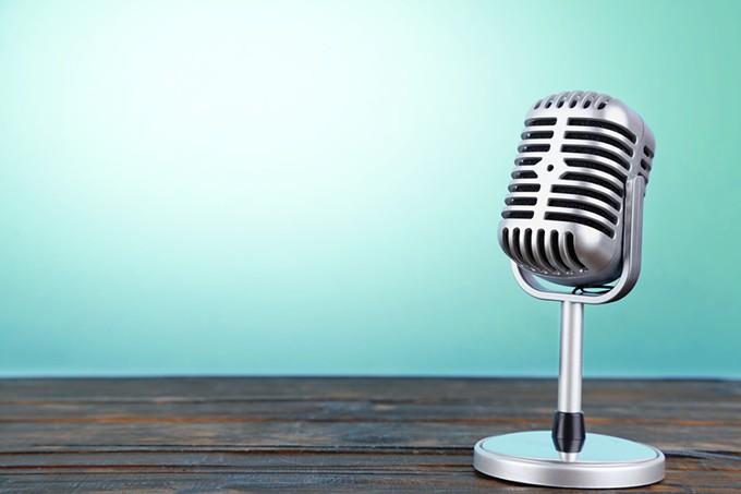 bigstock-old-metal-microphone-on-wooden-73895275.jpg