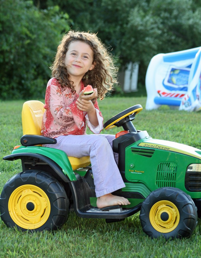 Sandy Hook victim Avielle Rose Richman's father will speak at the 2015 Ben's Bells Science of Kindness Conference.