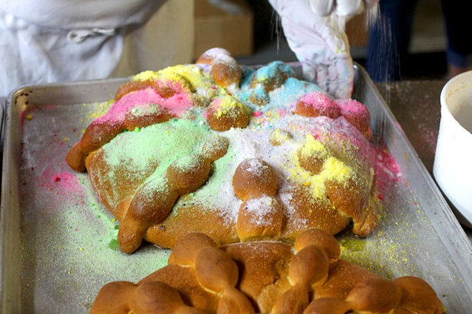 La Estrella serves up about 600 loaves of pan de muerto every year.