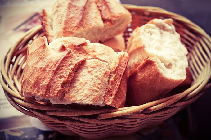 bigstock-bread-in-basket--little-roll--73129402.jpg