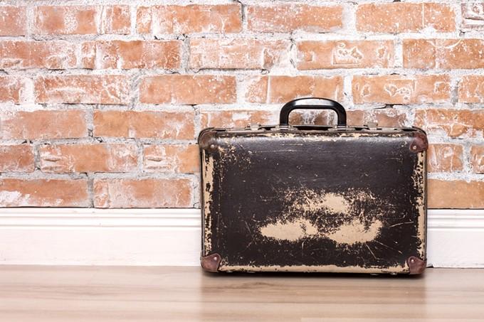bigstock-vintage-brown-suitcase-113366384.jpg