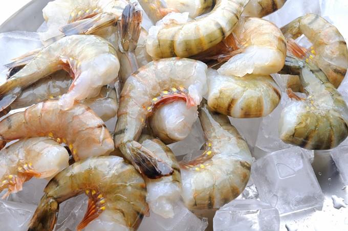 bigstock-cold-fresh-raw-tiger-shrimps-w-78829730.jpg