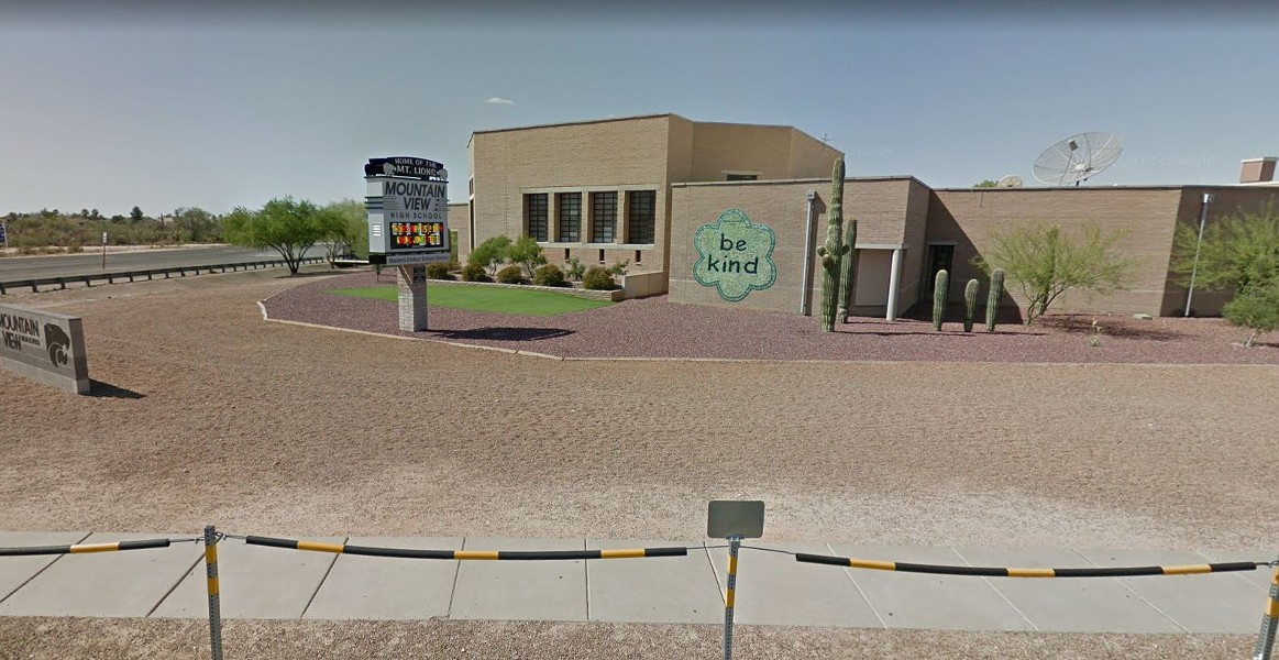 Marana's Mountain View High School has seen students test positive for the coronavirus.