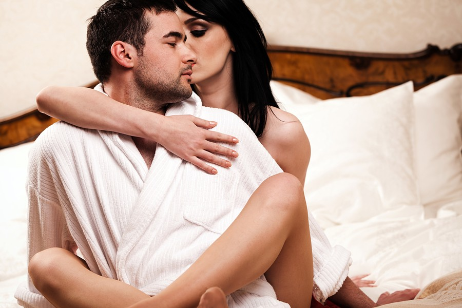 трахается с женатым мужчиной время