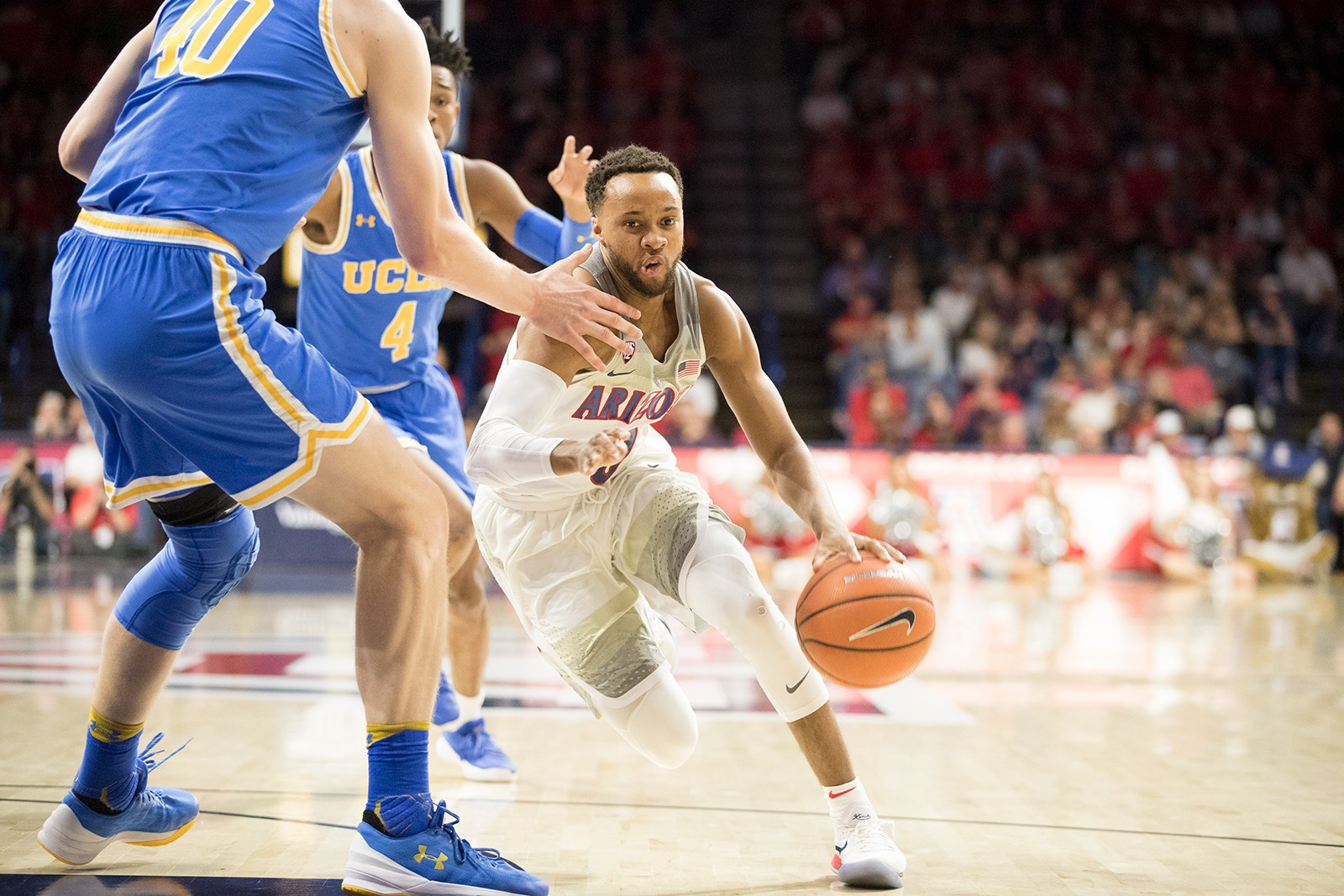 Bruins top Arizona to push into Pac-12 title hunt