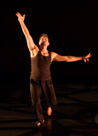 Billbob Brown, guest director, choreographer and dancer, in ZUZI! 19th Solstice Celebration this weekend